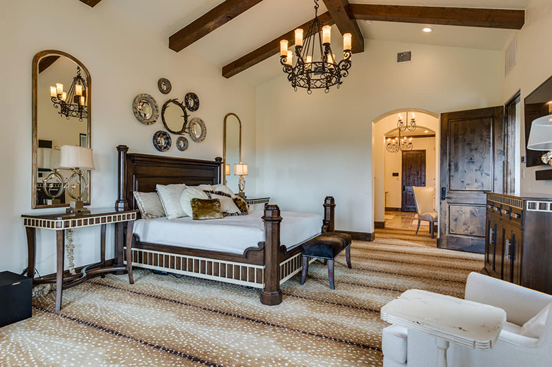22-Summit-Point-Boerne-TX-large-026-31-Master-Bedroom-1500x1000-72dpi